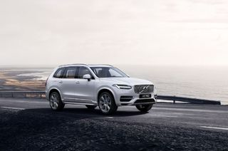 Travel First-class in Volvo XC90