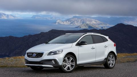 volvo-v40-cross-country-1_480x0_scale_478b24840a