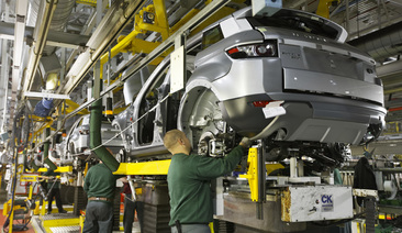 Jaguar Land Rover Leads Automotive Manufacturing League Table In 2015