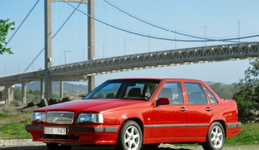 The model that aimed for the stars: the Volvo 850 celebrates its 25th birthday