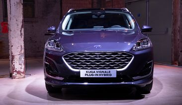 New Ford Kuga Vignale plug-in hybrid